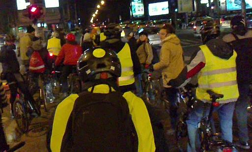 VIDEO Drumul bicicletei 17: rolleri, ploicică, Vadim