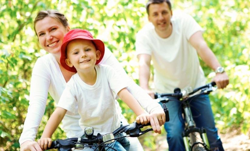 Marea Britanie: unul din 10 copii nu ştie să pedaleze