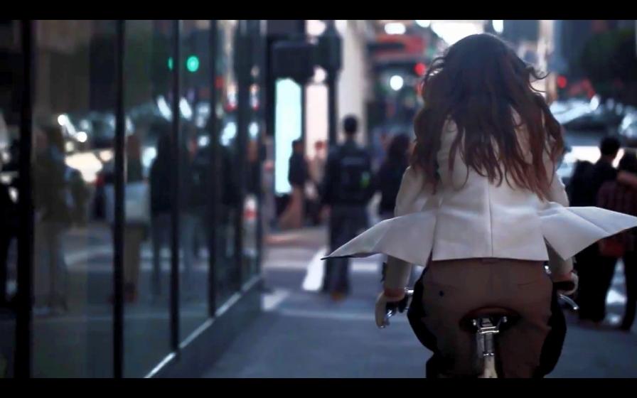 Colecţia de toamnă Phillip Lim arată bine pe biciclete