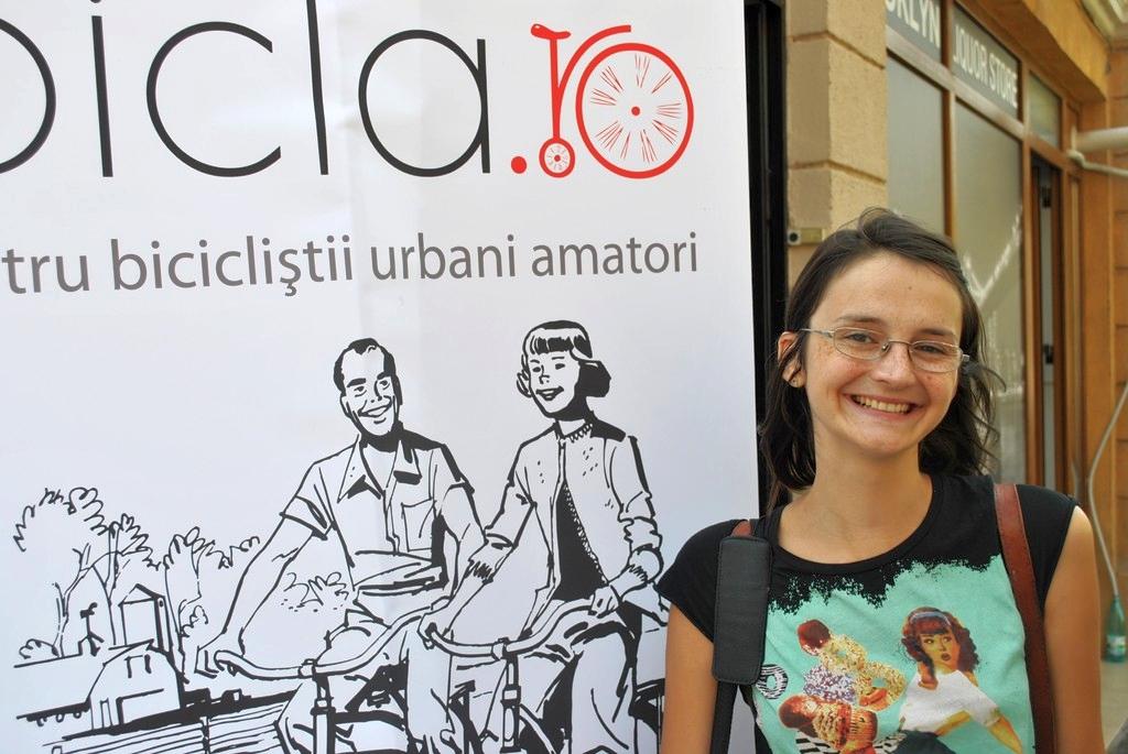 FOTO Bicla.ro a avut propriul Parking Day