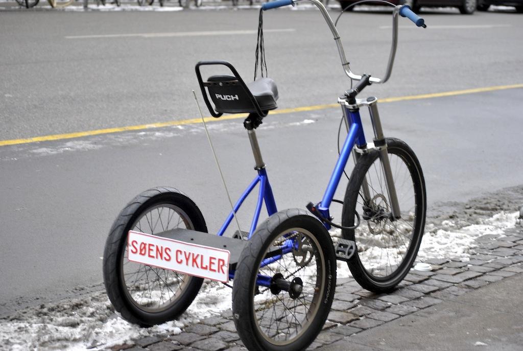 FOTO Bicicletele daneze ne obstrucționează vederea