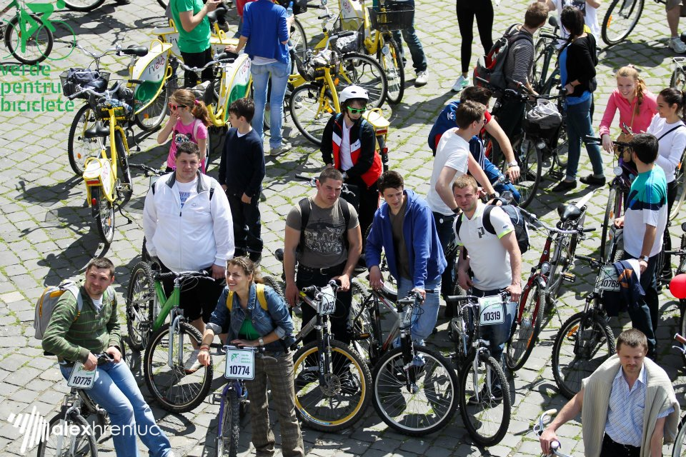 Timișoara va avea stații de închiriat biciclete de la primărie